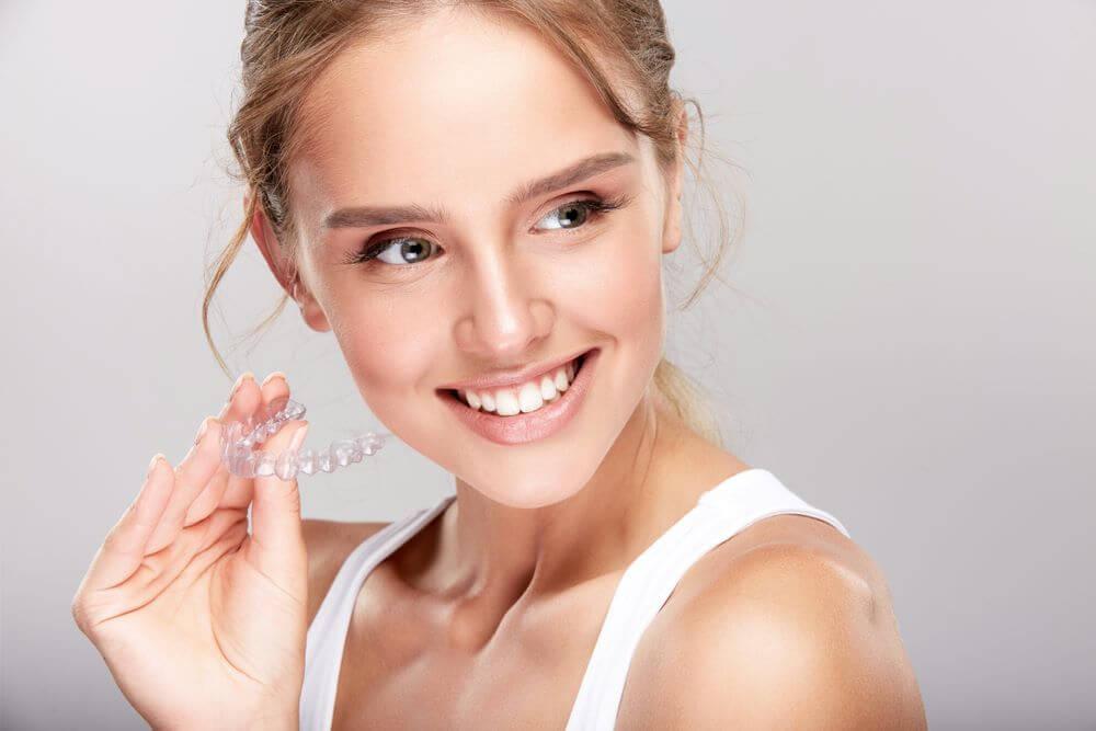 Ghizlane | Blog | Telsiz Ortodontik Tedavi (Invisalign ) Nedir ?