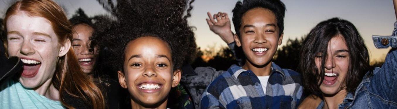 Ghizlane Blog | Çocuklar ve Gençler İçin Invisalign | Görünmeyen Şeffaf Diş Teli